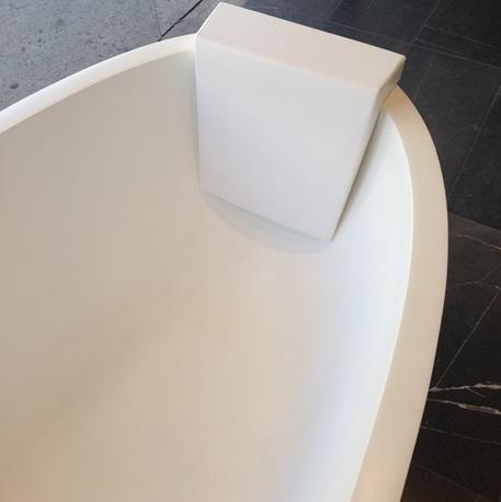 Baths For Sale Large Round Corner Amp Spa Bathtubs Acs